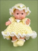Itty Bitty Dress-Up Fashions Crochet Book AA 871104 DISCONTINUED